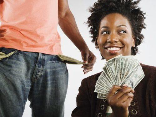 Если мой мужчина зарабатывает меньше меня